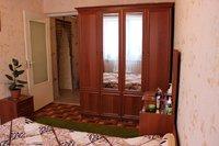 продам 2 комнатную квартиру в Центре.