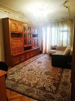 Меняю 3-комнатную квартиру с ремонтом в центре Тирасполя, р-н 9 школы на дом!