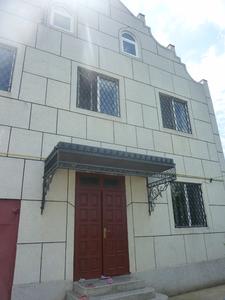 2-этажный котельцовый дом с гаражом, мансардой в центре Суклеи!